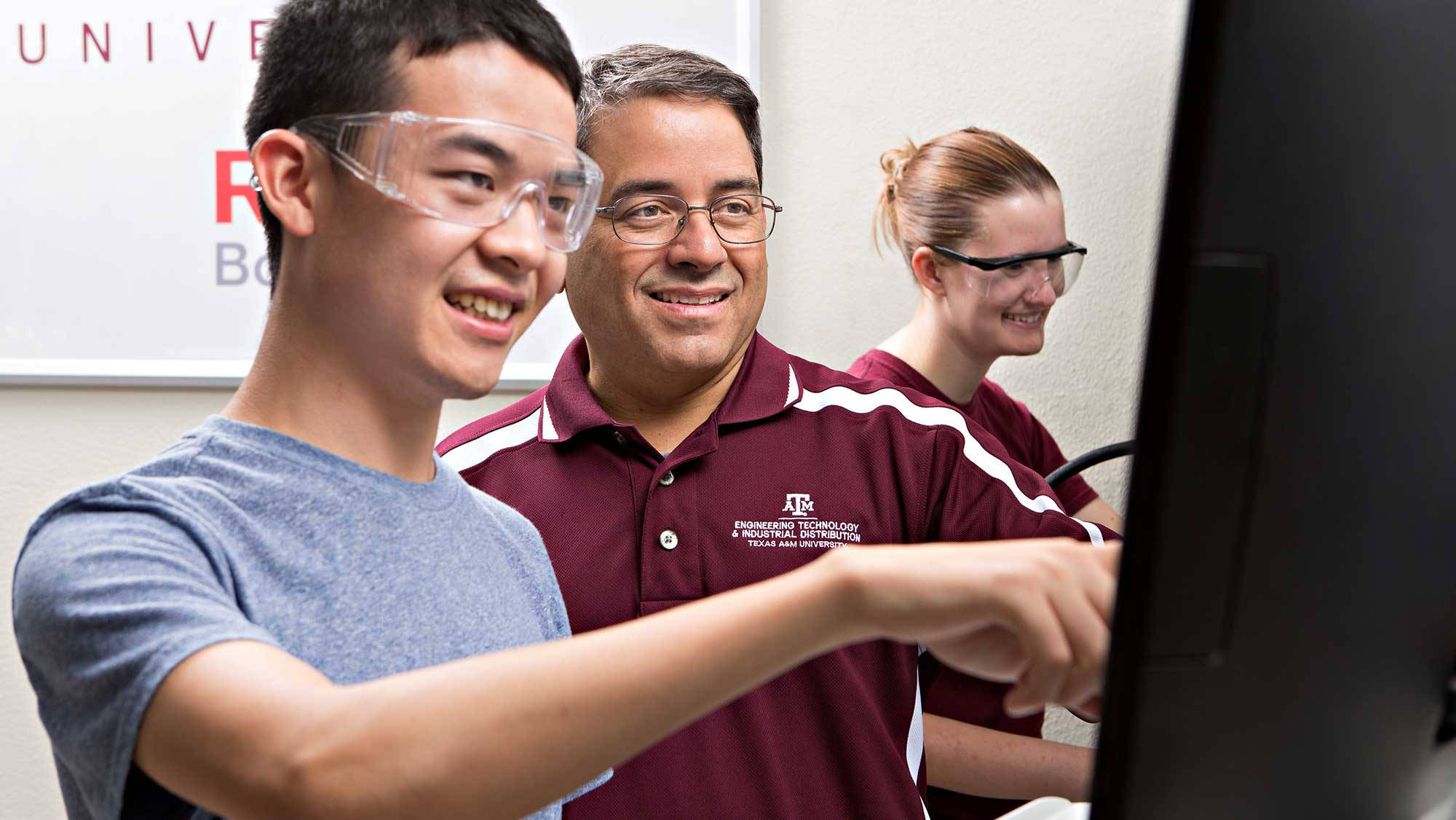 engineering professors mentor students