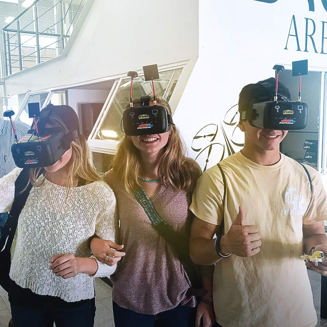 students experience virtual reality in Mexico