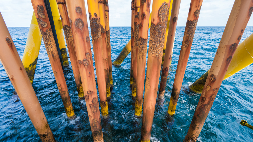 Corrosion on the pipes of an ocean structure